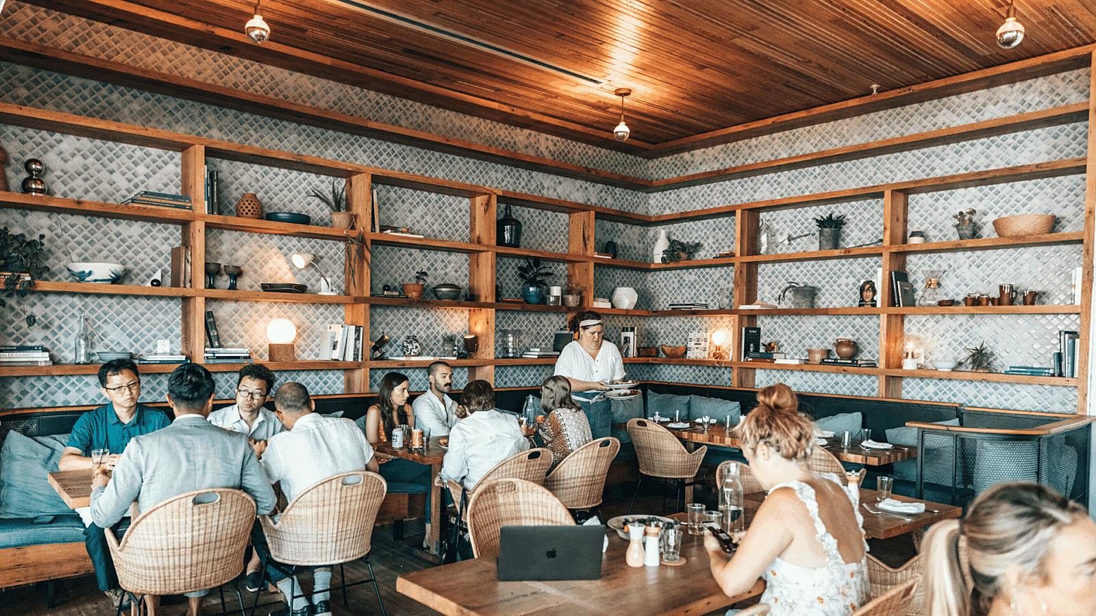 Restaurant labor costs staff scheduling