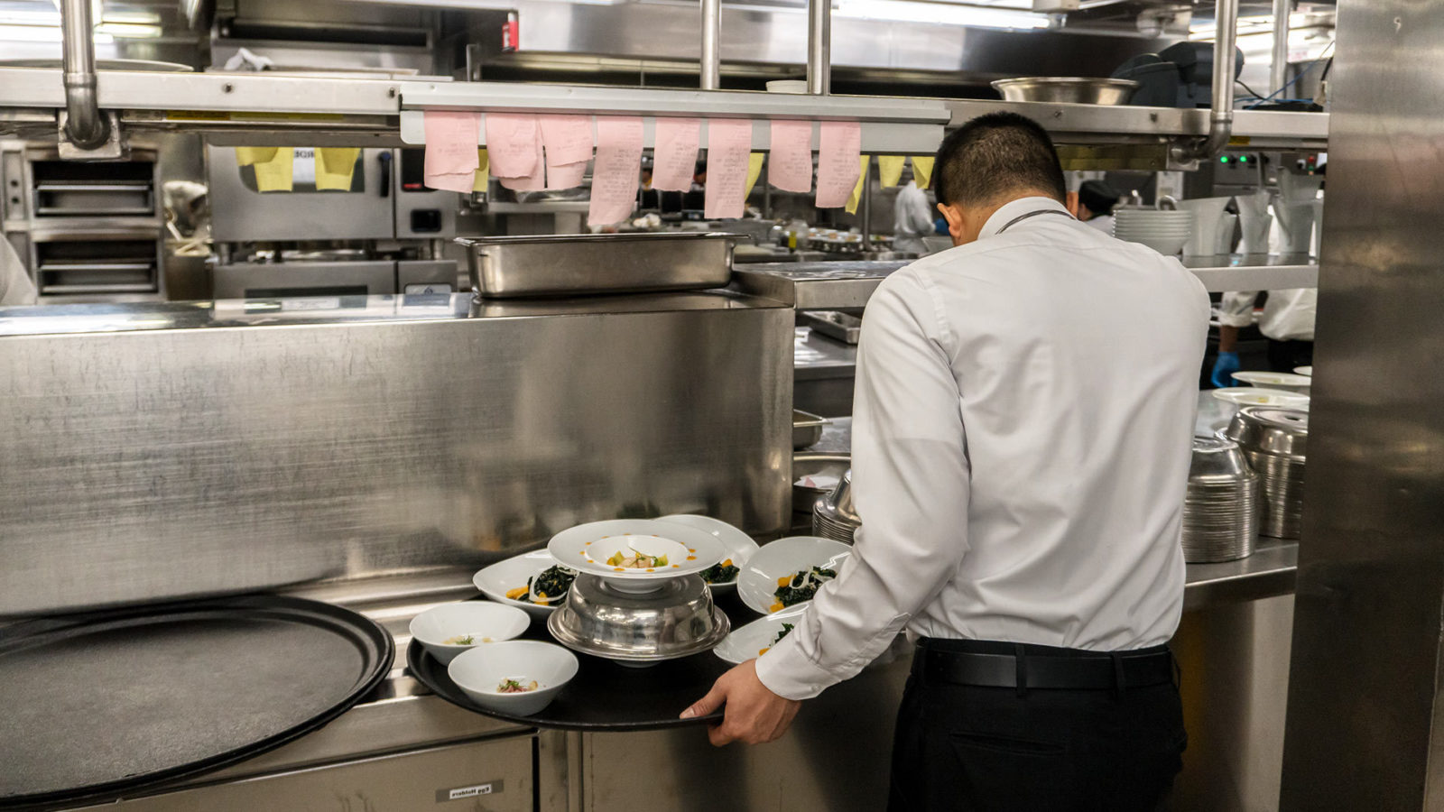 How To Avoid Common Restaurant Health Code Violations On The Line Toast Pos
