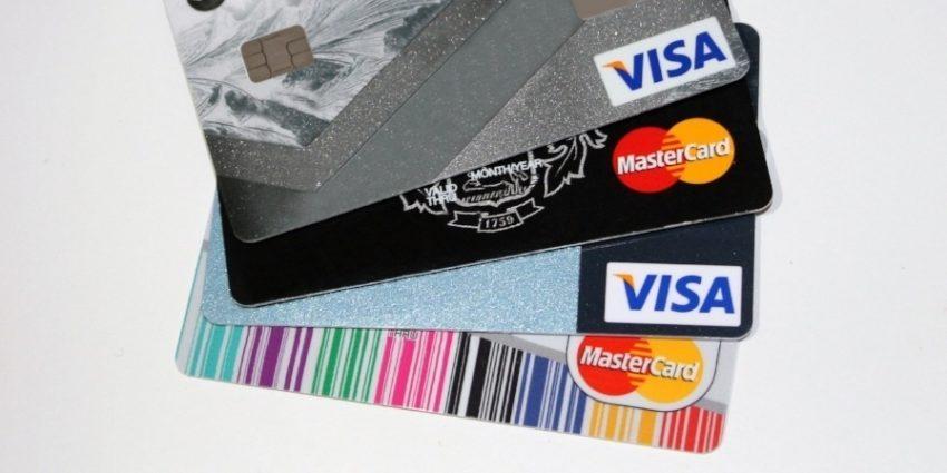 Bank Banking Business 462368 Min 594199 Edited