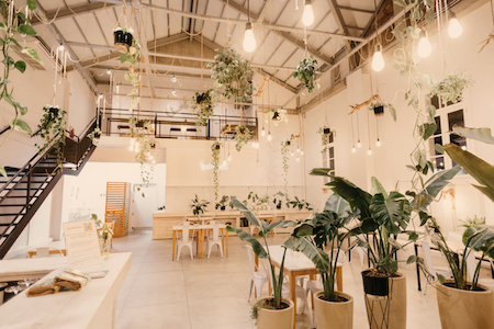 15 Restaurant Interior Design Ideas You Can Implement On A Low Budget On The Line Toast Pos